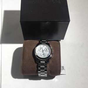 Michael Kors MK5428 Woken's Watch (no battery)